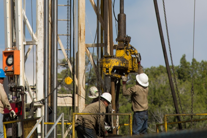 RigWorkers1
